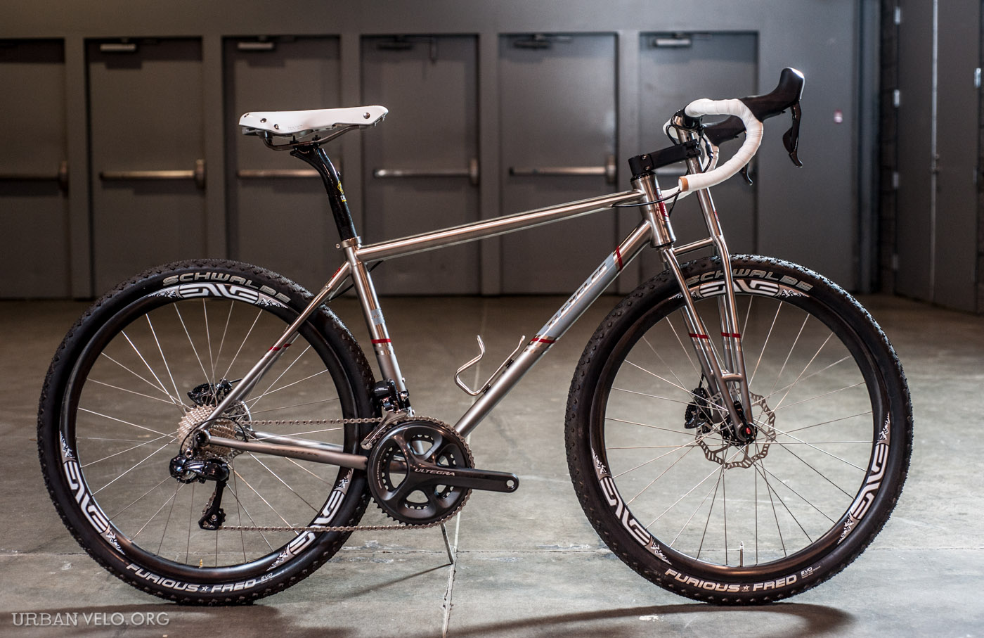 Wow, now that's a pretty cool way of integrating a titanium fork, stem and handlebars...